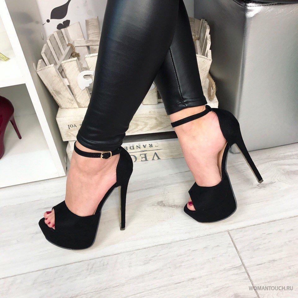 Удобен ли секс с девушкой на каблуках