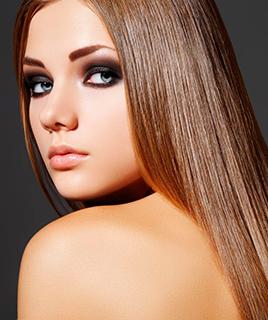 Кератиновое выпрямление волос в салоне красоты