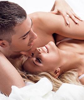 Топ-10 вещей, которые возбуждают мужчин в постели
