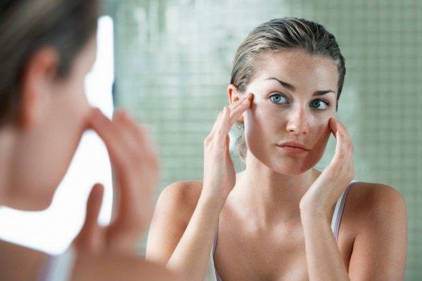 7 продуктов питания, плохо влияющих на состояние кожи
