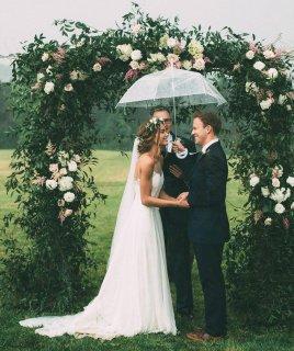 Как организовать свадьбу, если намечается дождливая погода