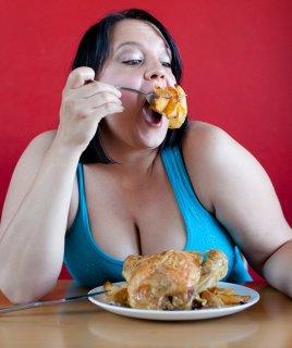 Из-за чего мы толстеем? Главные ошибки в питании