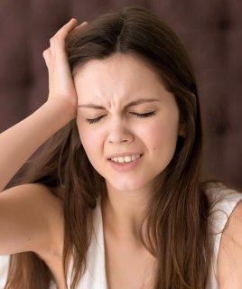 Мигрень: причины, симптомы, лечение